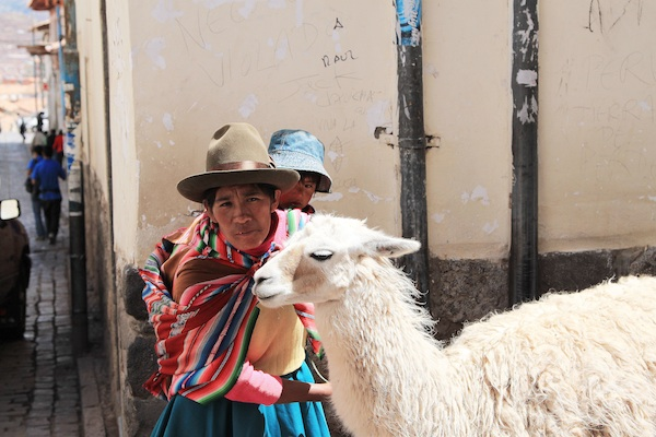 cusco / a thousand threads