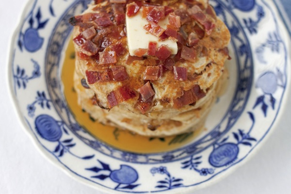 maple bacon pancakes / a thousand threads