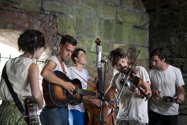 spirit family reunion at the paste ruins / a thousand threads