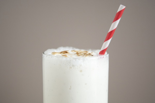 toasted vanilla bean bourbon shake / a thousand threads