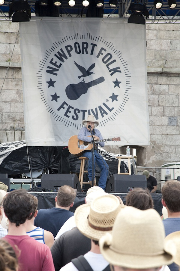 newport folk fest / a thousand threads
